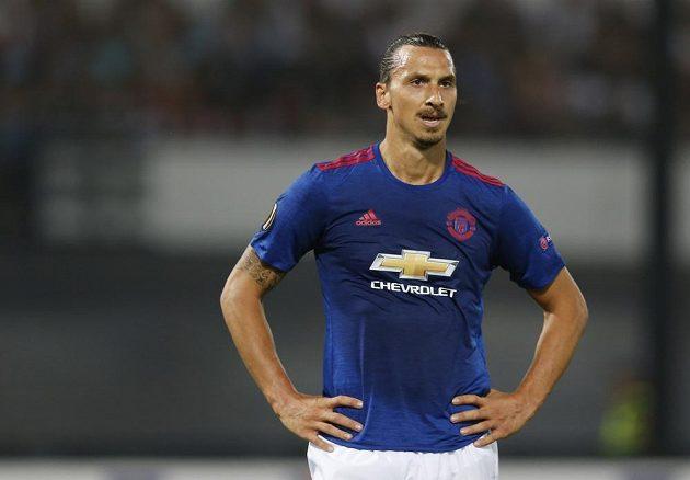 Zlatan Ibrahimovic přišel na trávník až na poslední půlhodinu, porážce Manchesteru na nizozemské půdě ale nezabránil.