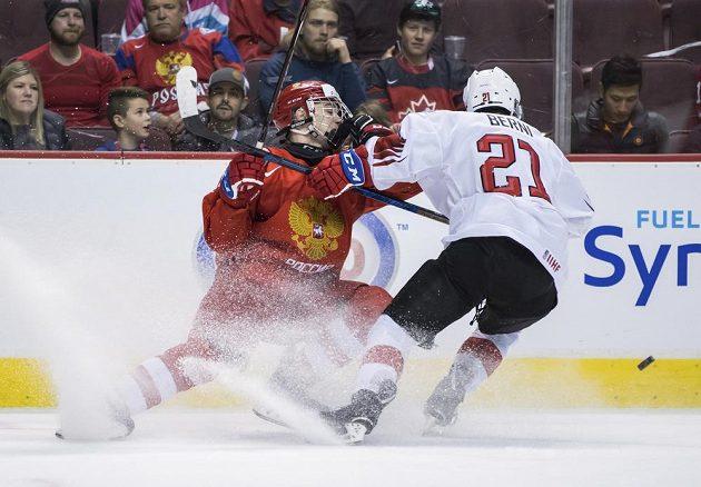 V nekompromisním souboji se ocitli Rus Vasilij Podkolzin a Švýcar Tim Berni.