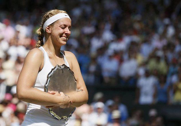 Několik desítek minut po finálovém duelu měla německá tenistka lepší náladu.