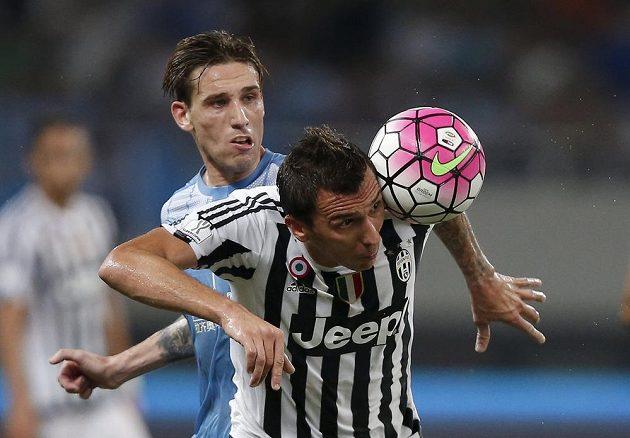 Útočník Mario Mandžukič hned v prvním soutěžním zápase za Juventus skóroval.