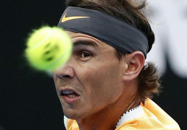 Rafael Nadal první set finále Australian Open nezačal dobře.