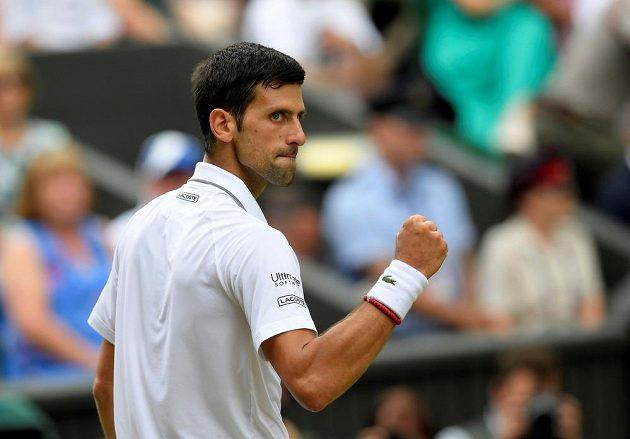 Novak Djokovič získal první set v tiebreaku