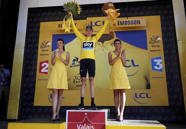 Britský cyklista Chris Froome zvýšil náskok v celkovém pořadí Tour na téměř a dvě a půl minuty.
