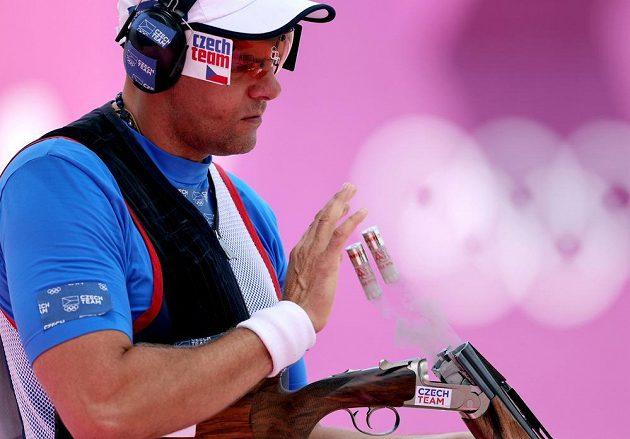 Olympijský veterán David Kostelecký v kvalifikaci trapu minul dvakrát