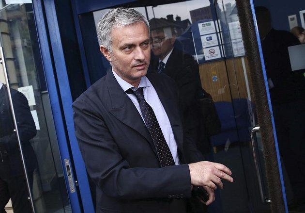 Kouč José Mourinho u soudu.