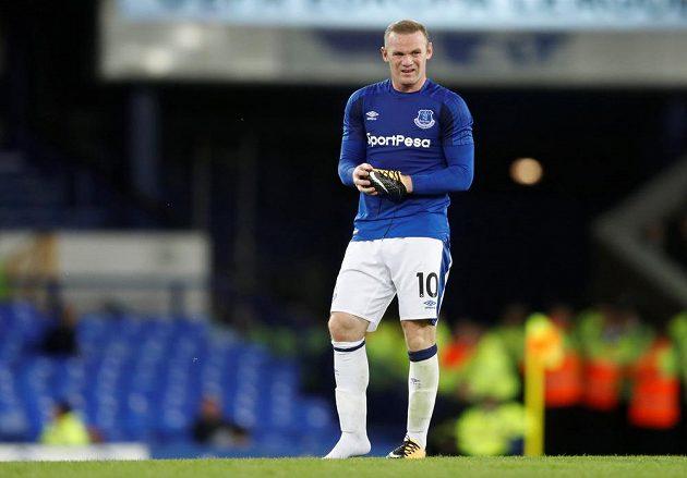 Útočník Wayne Rooney a jeho návrat na Goodison Park v utkání Evropské ligy. Hvězda podle médií moc nezářila, hlediště nebylo vyprodané.