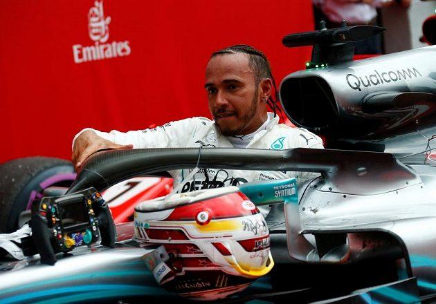 První ve Velké ceně Německa dojel Lewis Hamilton, který startoval až ze 14. místa. Po této výhře se dostal do čela mistrovství světa F1.