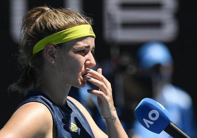 Šťastná česká tenistka Karolína Muchová. Na grandslamovém Australian Open si zahraje semifinále, vyřadila světovou jedničku.