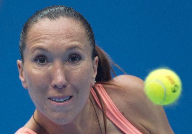 Jelena Jankovičová během semifinálové výměny s Petrou Kvitovou.