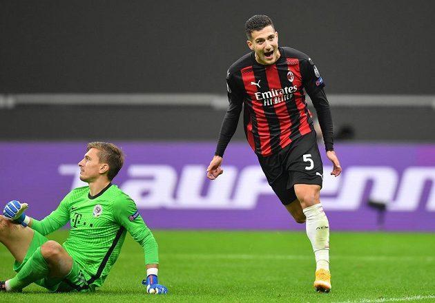Diogo Dalot přidal třetí gól AC Milán proti Spartě.