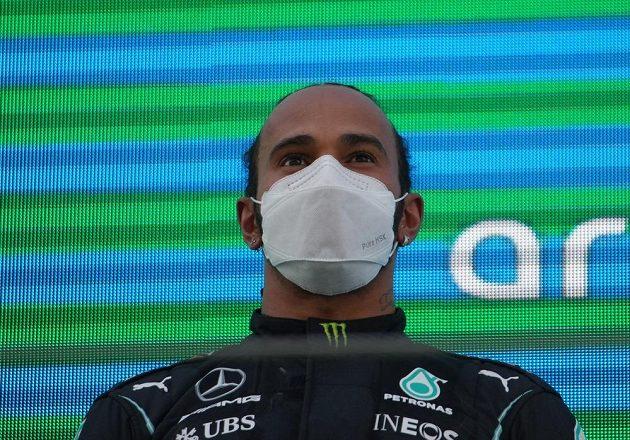 Vítěz! Britský pilot Mercedesu Lewis Hamilton vyhrál Velkou cenu Španělska formule 1.