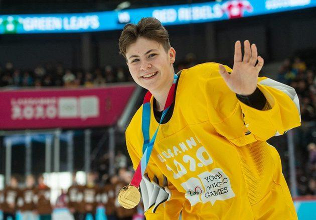 Česká hokejistka Zuzana Trnková získala zlatou medaili v soutěžích mezinárodních týmů tři na tři.