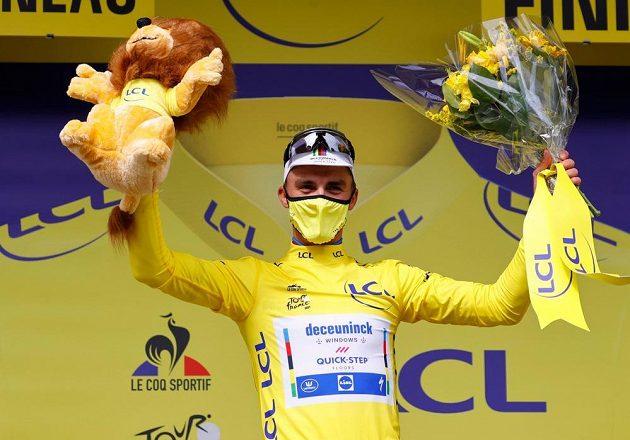 Mistr světa Julian Alaphilippe ovládl první etapu Tour de France
