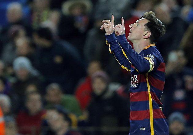 Barcelonský Lionel Messi jásá po gólu proti AS Řím v Lize mistrů.