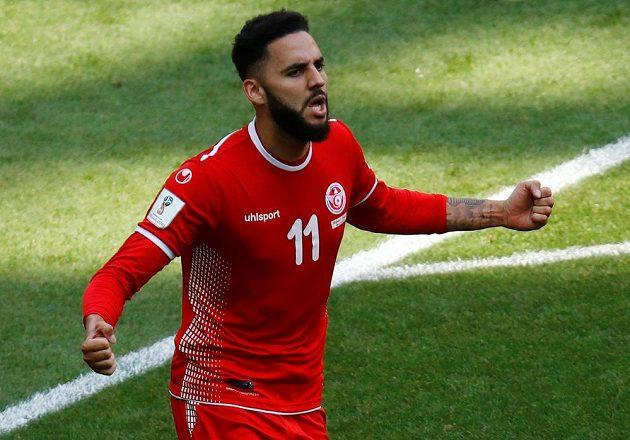 Tunisan Dylan Bronn oslavuje svoji trefu na 1:2.