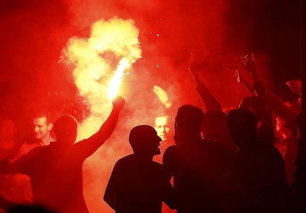 Nepokoje anglických fanoušků v Lille.