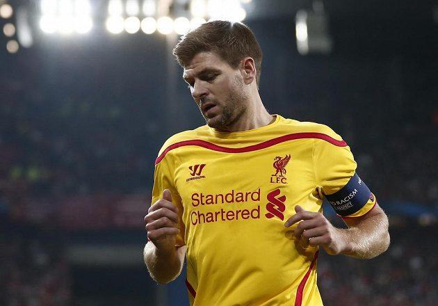 Kapitán Liverpoolu Steven Gerrard v utkání proti Basileji.