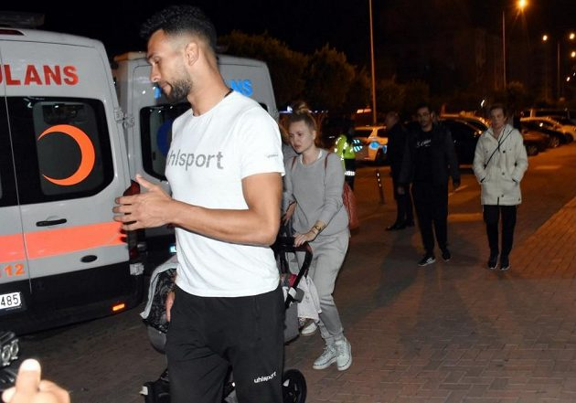 Minibus se sedmi hráči Alanyasporu měl nehodu.