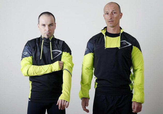 Běžecká mikina Kiprun Evolutiv Kalenji. Možnost regulace dvou zipů u krku i dvojitých rukávů.