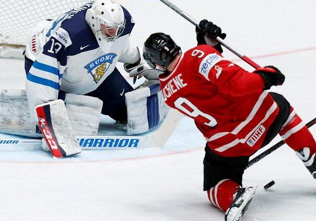 Na finském brankáři Mikku Koskinenovi si vylámal zuby i Matt Duchene.