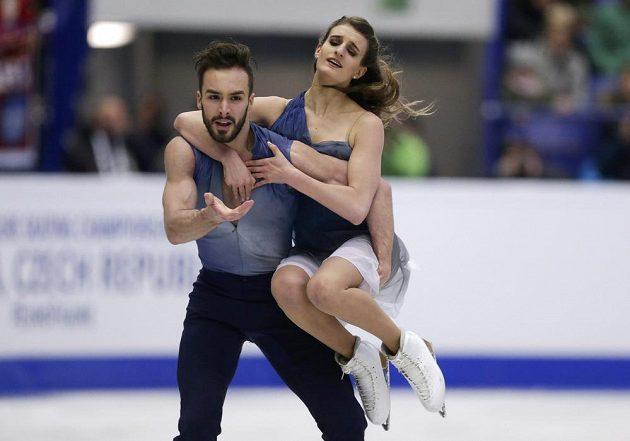 Francouzští krasobruslaři Gabriella Papadakisová a Guillaume Cizeron.