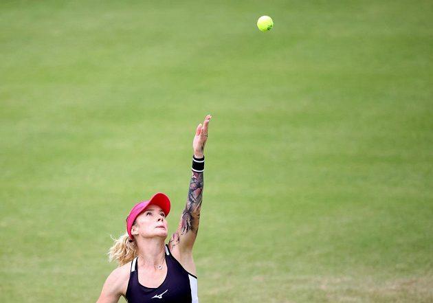 Česká tenistka Tereza Martincová v akci.