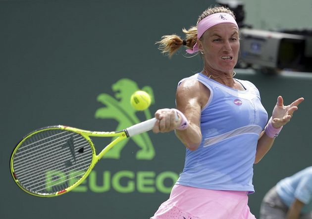 Světlana Kuzněcovová z Ruska vyřadila v Miami Serenu Williamsovou z USA.