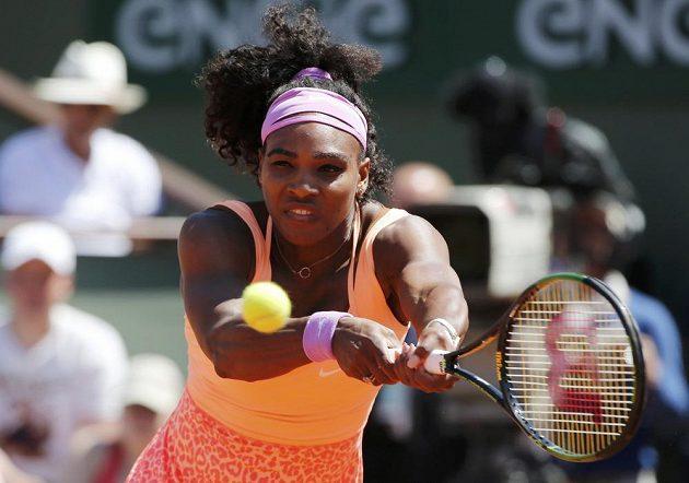 Serena Williamsová během finále Roland Garros.
