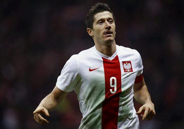Pozor na něho v úterý, Češi. Kanonýr Robert Lewandowski rozhodl dvěma góly o výhře Polska 4:2 v přátelském duelu s Islandem.