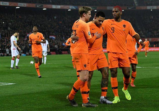 Nizozemská radost po vítězství nad Běloruskem v kvalifikaci o postup na EURO 2020.
