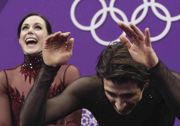 Kanadská radost. Taneční pár Tessa Virtueová a Scott Moir se s krasobruslařskou kariérou rozloučili zlatou olympijskou medailí.