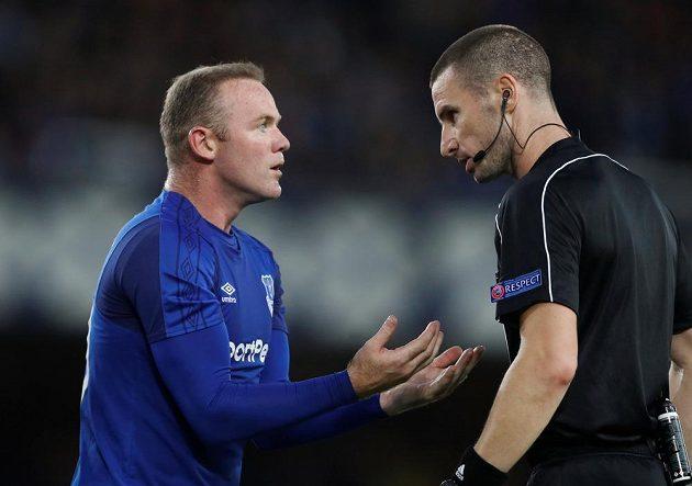 Útočník Wayne Rooney a jeho návrat na Goodison Park v utkání Evropské ligy. Hvězda podle médií moc nezářila.