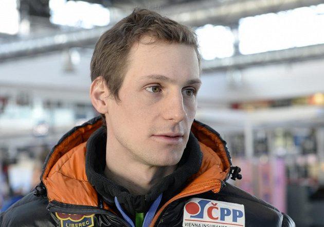 Běžec na lyžích Martin Jakš před odletem na mistrovství světa v klasickém lyžování do švédského Falunu.