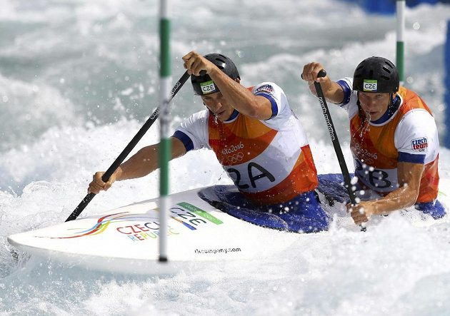 Deblkanoisté Jonáš Kašpar a Marek Šindler v olympijské kvalifikaci.
