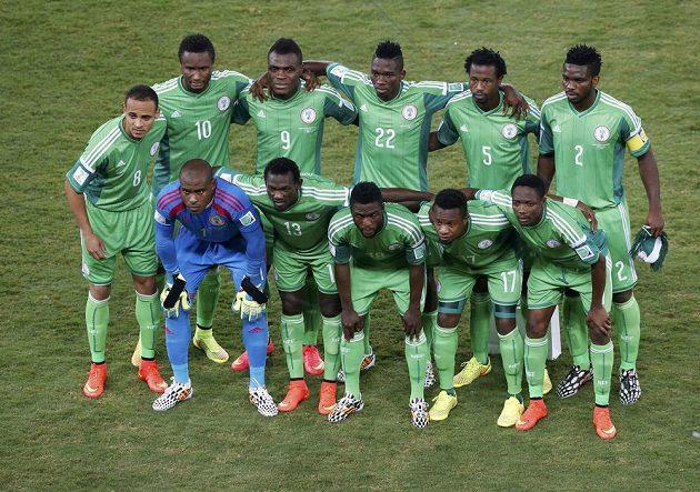 Nigérijci před zápasem proti Bosně a Hercegovině.