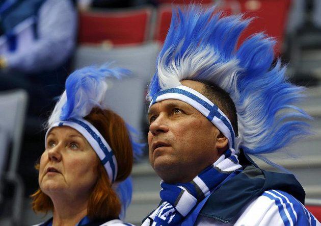 Přízniovci finského týmu v semifinále proti Švédsku.