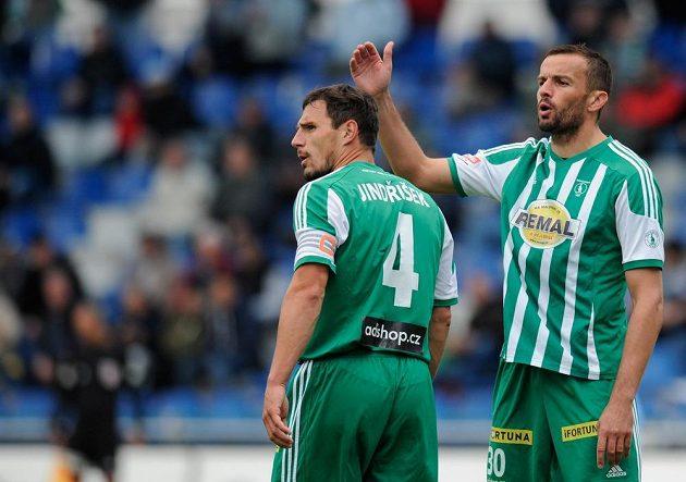 Erich Brabec (vpravo) a Josef Jindřišek z Bohemians v utkání v Mladé Boleslavi.