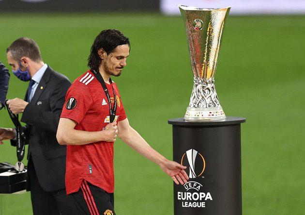 Rudí ďáblové prohráli velké finále. Smutný kanonýr Manchesteru United Edinson Cavani po finále Evropské ligy.