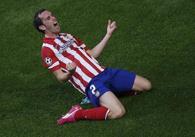 Diego Godín z Atlética mohl po své trefě ve finále LM s Realem dát průchod emocím.