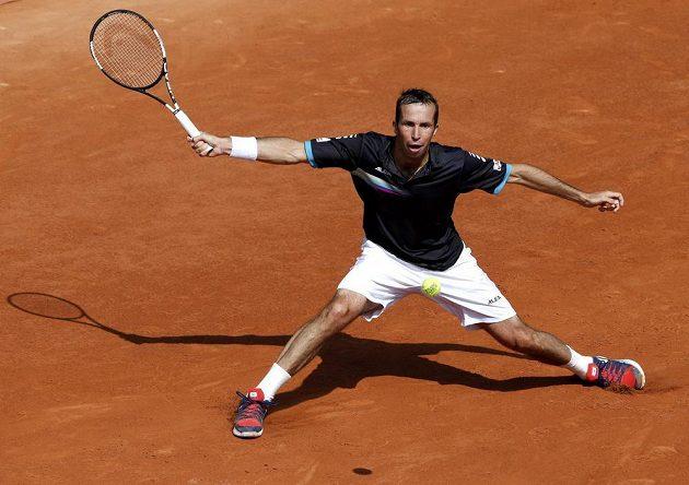 Radek Štěpánek během zápasu s Tomášem Berdychem ve 2. kole French Open.