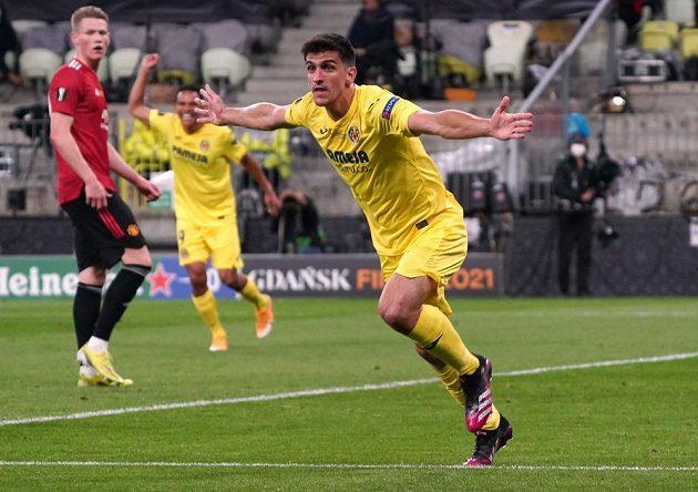 Gerard Moreno se raduje z úvodní branky utkání