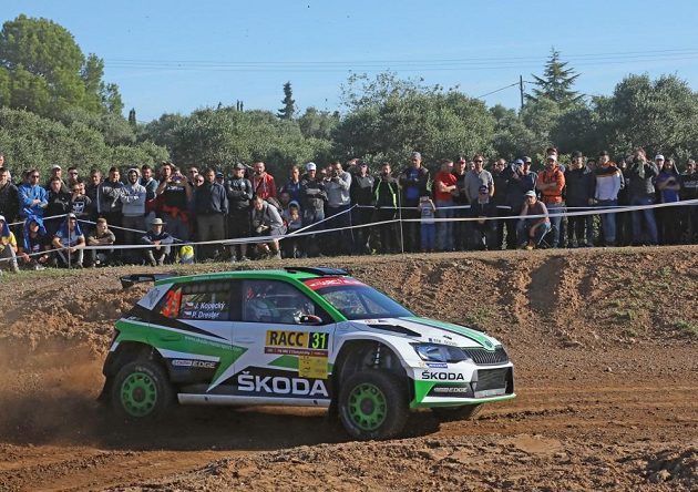 Jan Kopecký se Škodou Fabia R5 při ostrém testu před startem Španělské rallye.