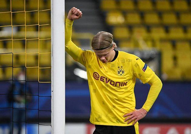 Zklamaný Erling Braut Haaland z Dortmundu.