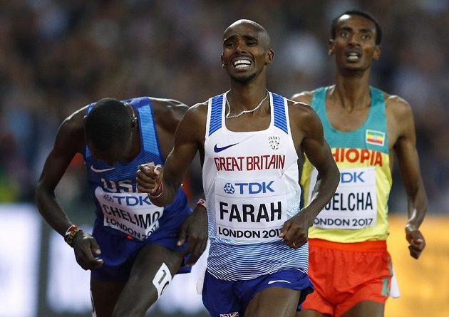 Brit Mo Farah ve svém posledním závodě na dráze na 5000 m vybojoval stříbro.