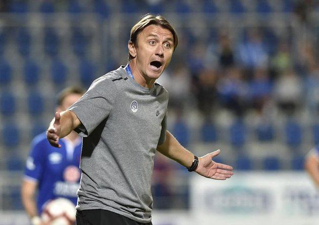Trenér Slovácka Michal Kordula během utkání se Slavií.