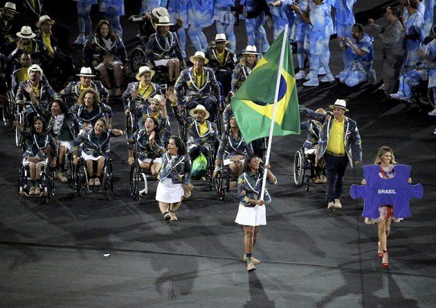 Nástup brazilské výpravy při zahájení paralympiády v Riu.