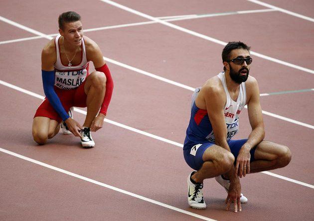 Pavel Maslák (vlevo) společně s Britem Martynem Rooneym po rozběhu čtvrtky na MS v Pekingu.