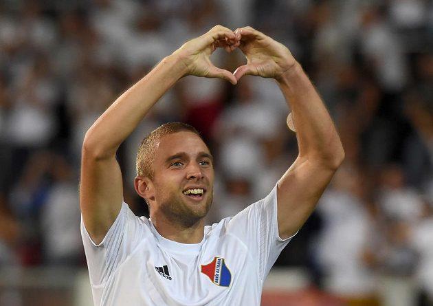 Ostravský Marek Hlinka se raduje z vedoucí branky 2. ligy proti Opavě.