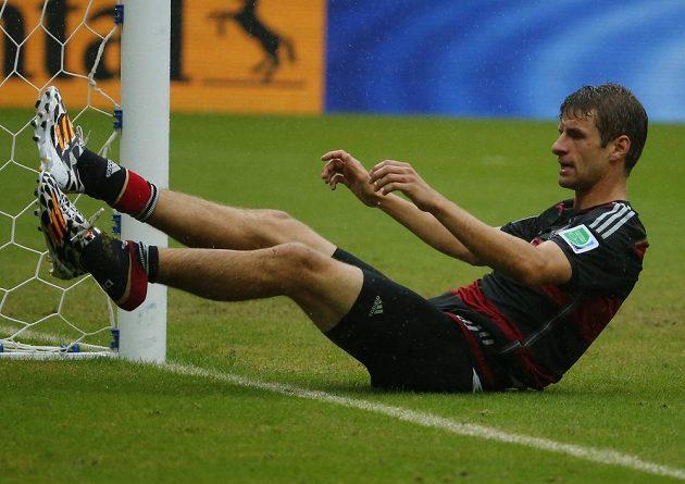 Thomas Müller po jedné ze svých neproměněných šancí v duelu s USA.