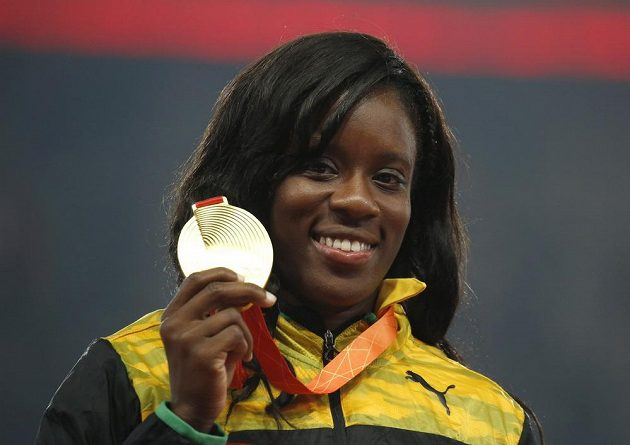 Danielle Williamsová na 100 metrů překážek zdolala všechny Američanky i další konkurentky.